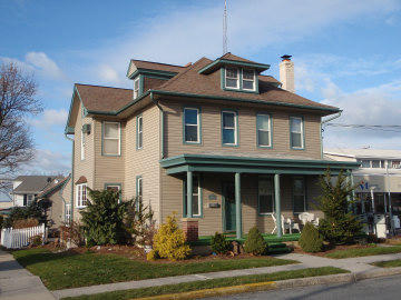 103 N Washington St, Cleona, PA 17042