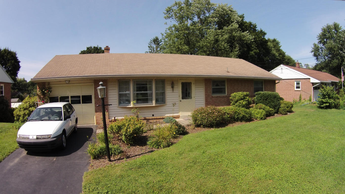 One of Lancaster 3 Bedroom Ranch Homes for Sale