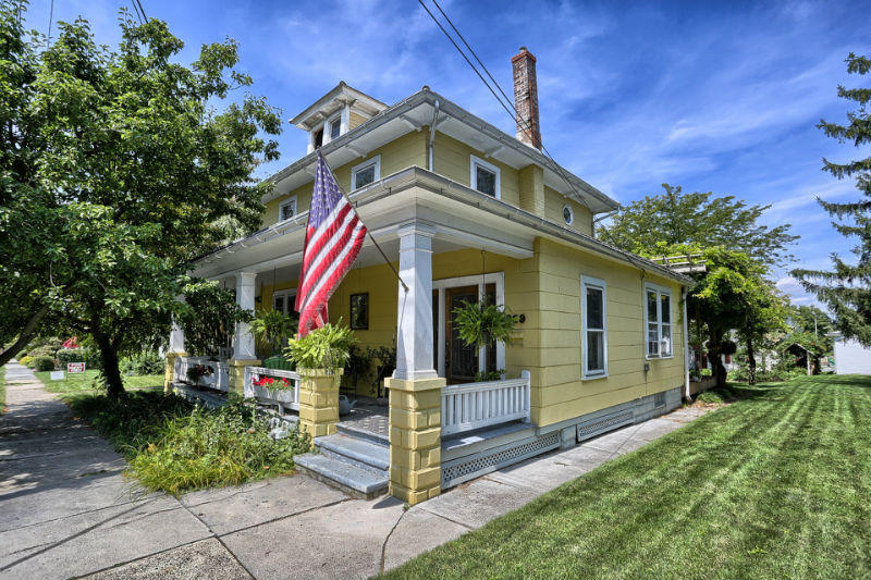 329 W Main Ave, Myerstown, PA 17067