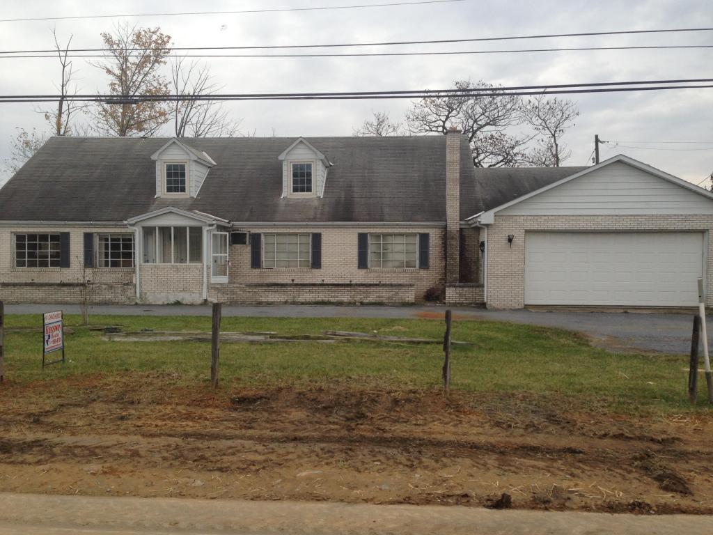 2860 State Route 22, Fredericksburg, PA 17026