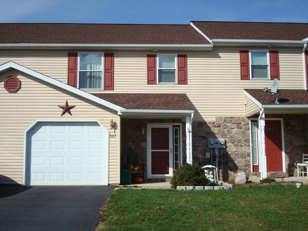 Real Estate for Sale, ListingId: 30633398, New Holland,PA17557