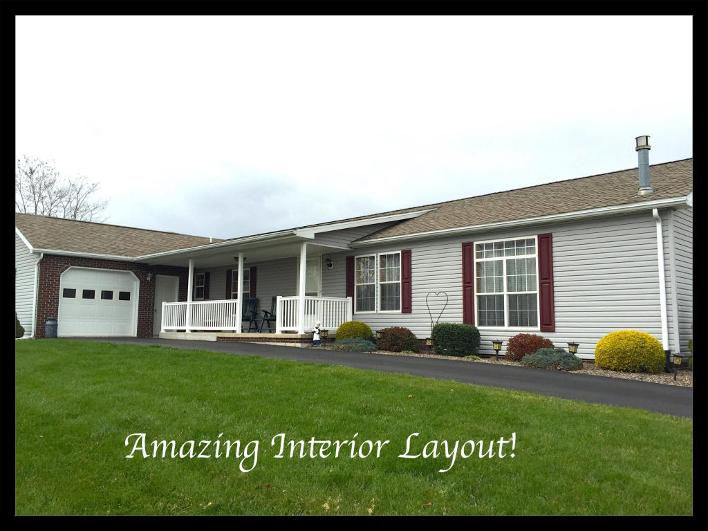 8 Beverly Dr, Myerstown, PA 17067