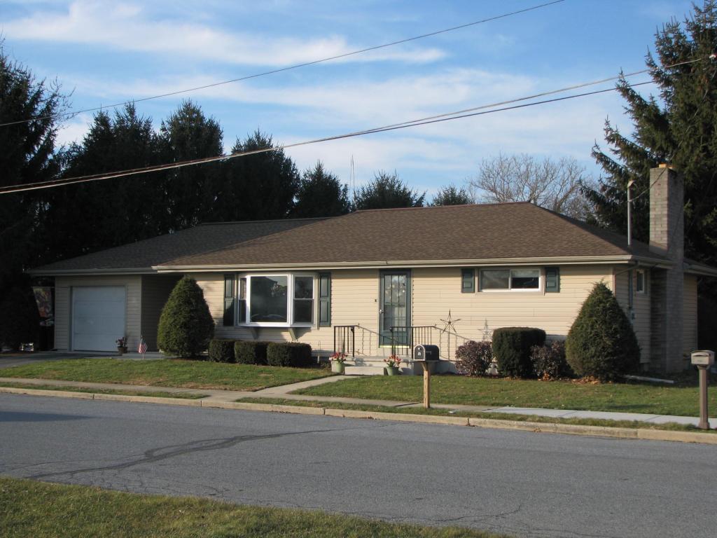 301 Maple St, Richland, PA 17087