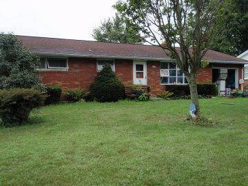 204 W Jackson Ave, Myerstown, PA 17067