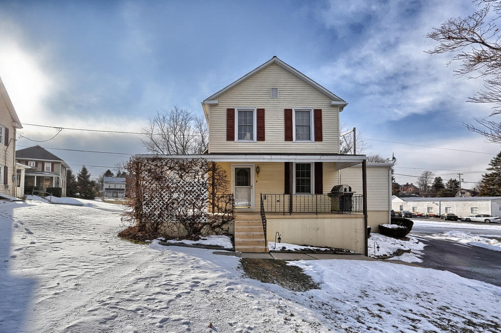 Real Estate for Sale, ListingId: 31864954, Willow Street,PA17584
