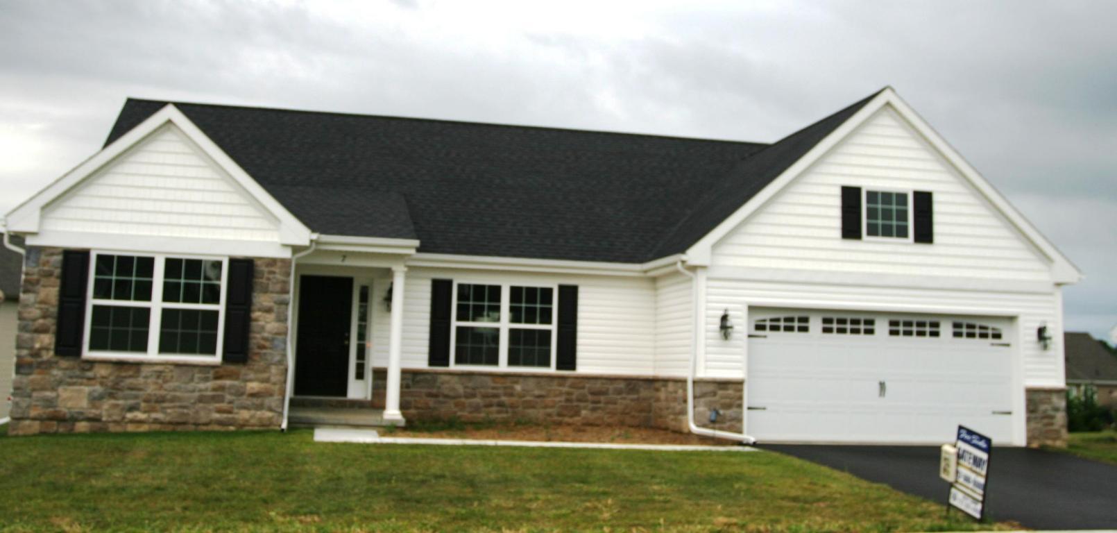 Real Estate for Sale, ListingId:32125609, location: 7 RED SUNSET RUN Ephrata 17522