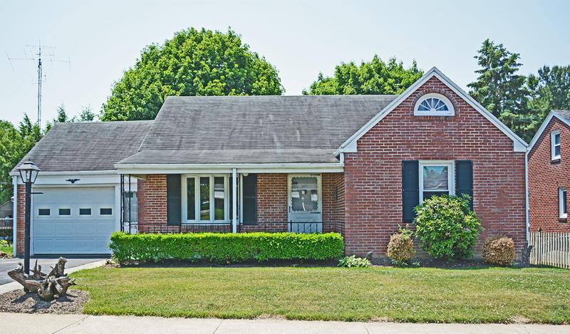 Real Estate for Sale, ListingId: 33639600, Akron,PA17501