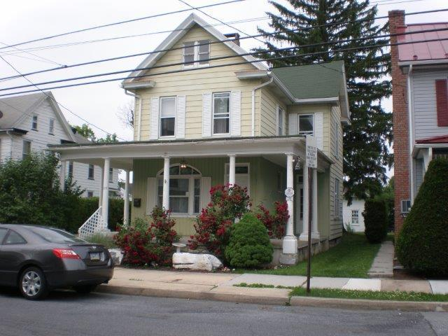 319 S Cherry St, Myerstown, PA 17067