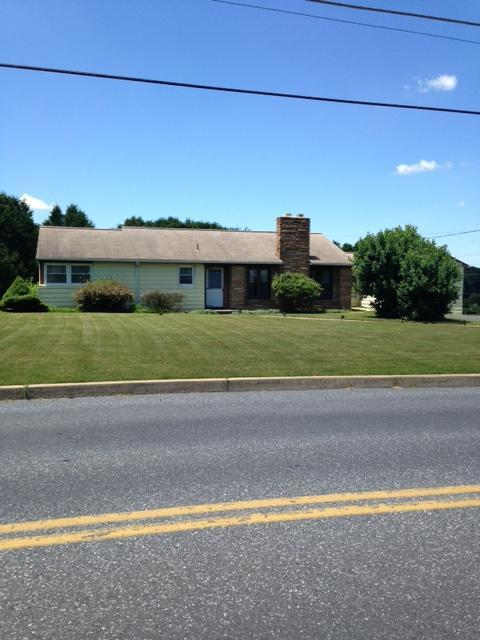 Real Estate for Sale, ListingId: 34148440, Akron,PA17501