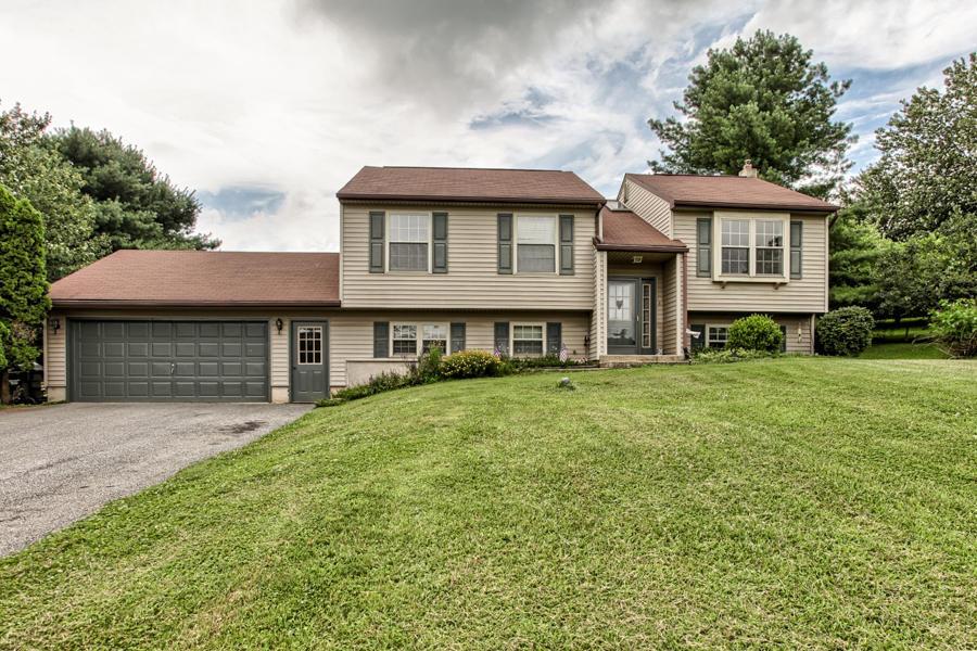 Real Estate for Sale, ListingId:34263034, location: 156 TRACY BERG ROAD Lancaster 17603