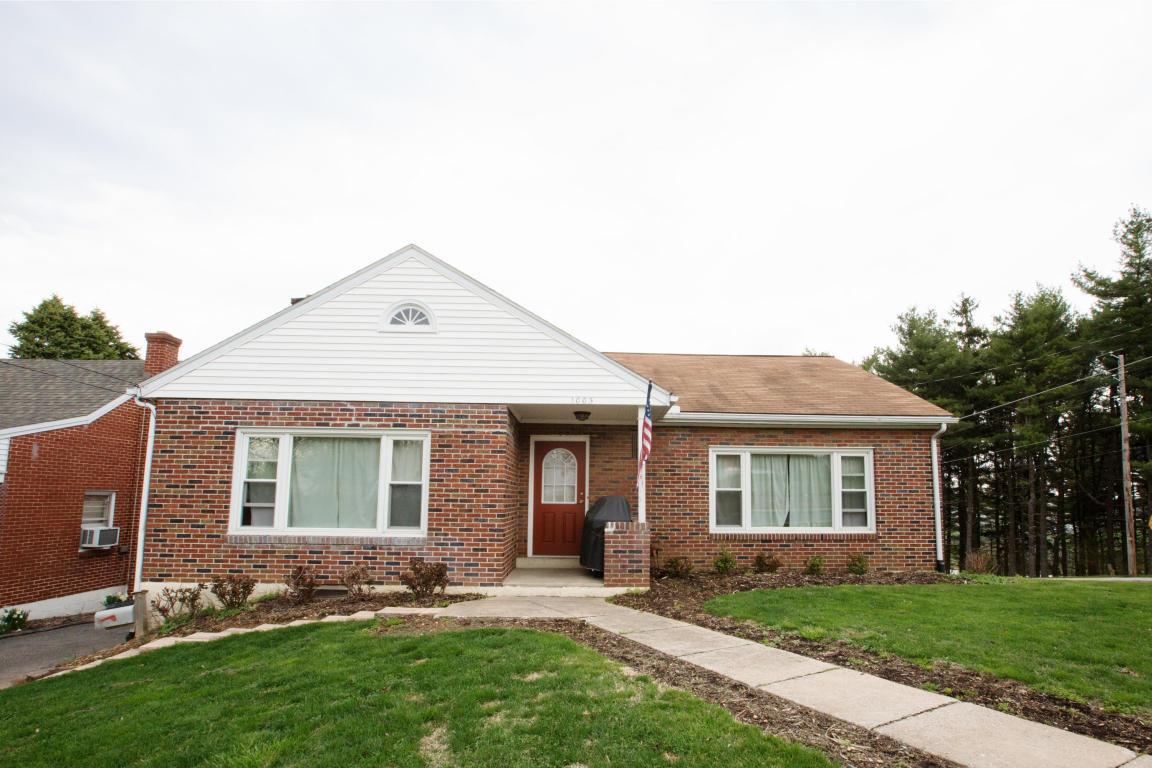 Real Estate for Sale, ListingId: 34423762, Akron,PA17501