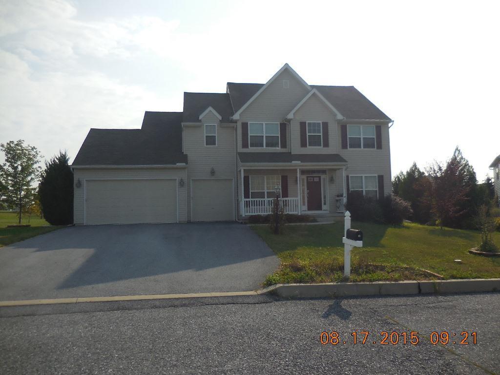36 Folkstone Ln, Annville, PA 17003