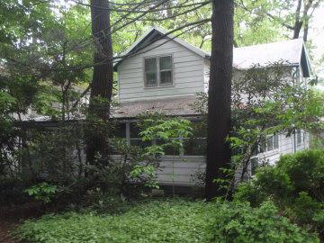 206 Castle Ave, Mount Gretna, PA 17064