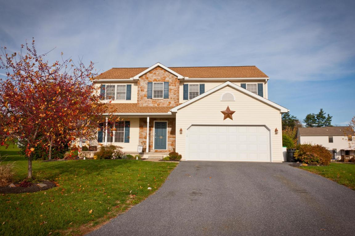 13 Dragonfly Ct, Myerstown, PA 17067