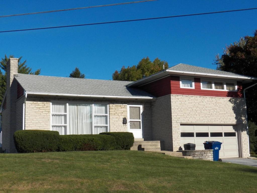 201 W Maple Ave, Myerstown, PA 17067