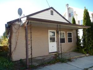 48 E Main St, Newmanstown, PA 17073