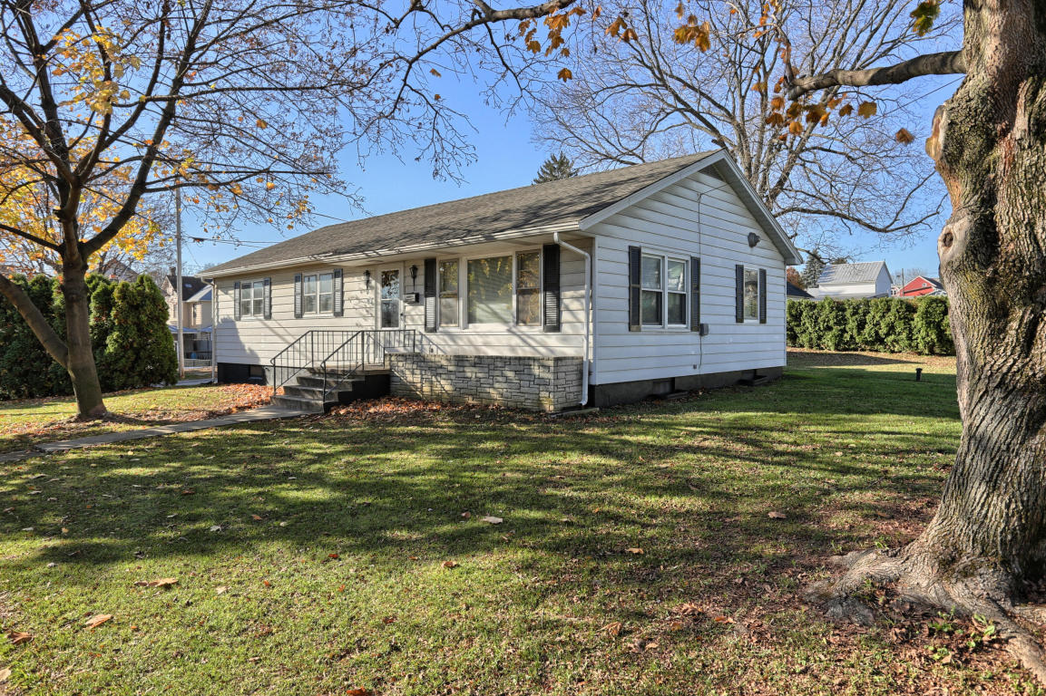 601 S Cherry St, Myerstown, PA 17067