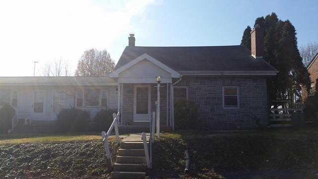 179 W Main St, Fredericksburg, PA 17026