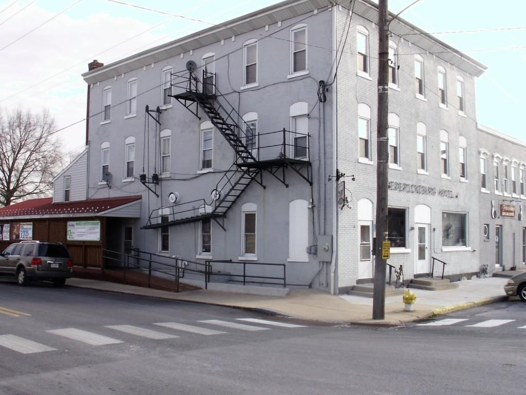 101 E Main St, Fredericksburg, PA 17026