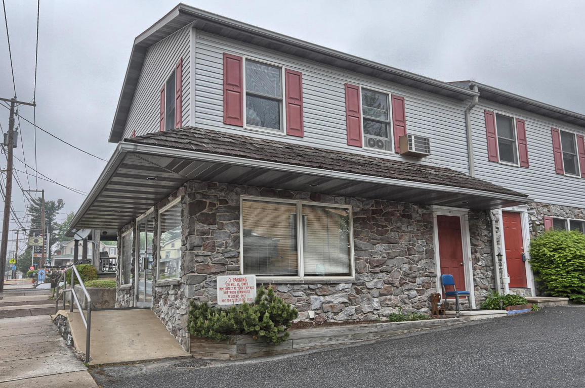 Photo of 219 N MARKET STREET  ELIZABETHTOWN  PA