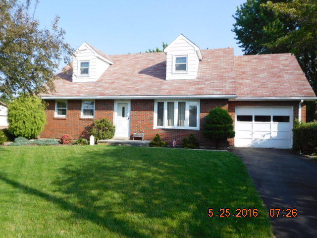 219 W Grant Ave, Myerstown, PA 17067