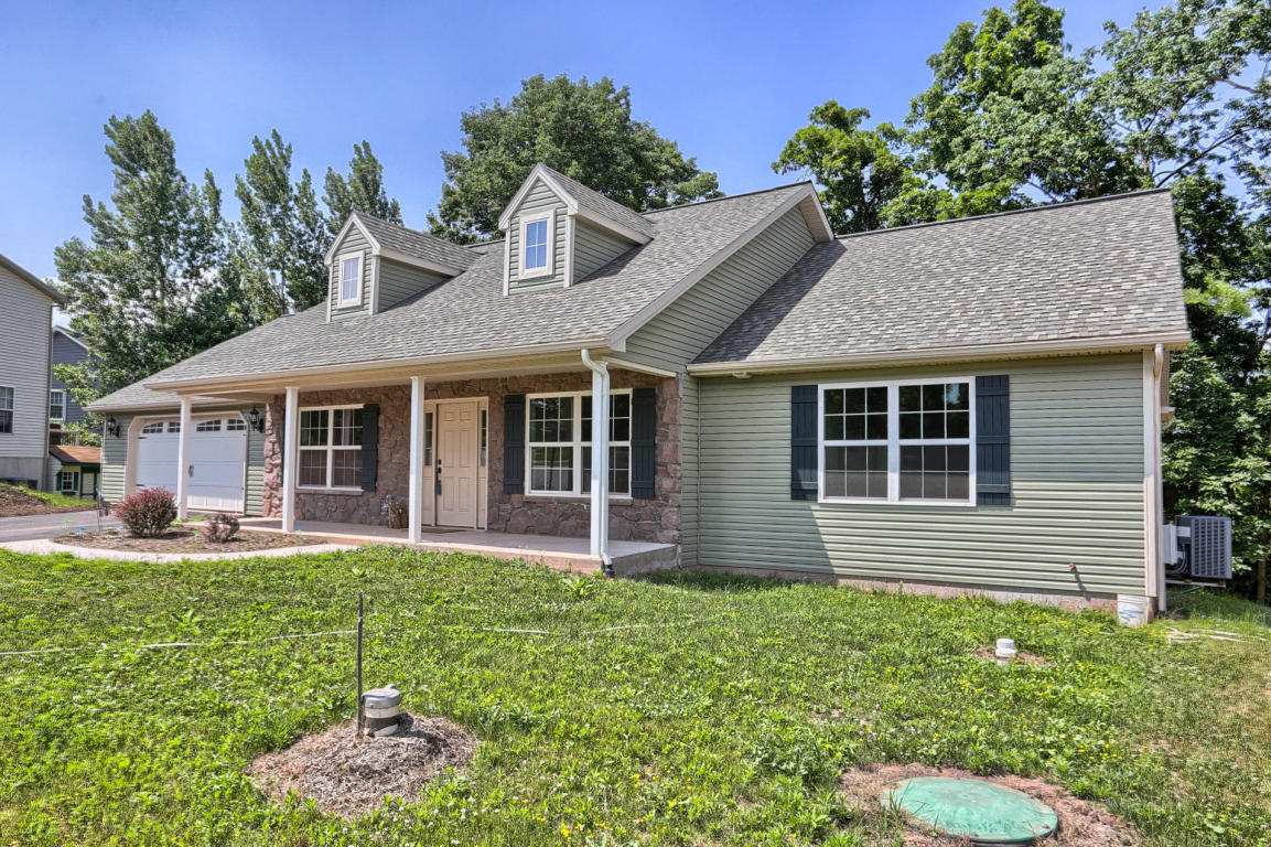 Photo of 154 WOODMEADOW DRIVE  DENVER  PA