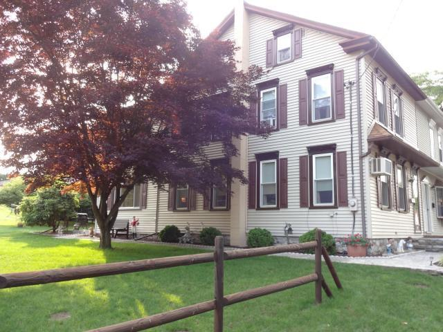 145 S King St, Annville, PA 17003