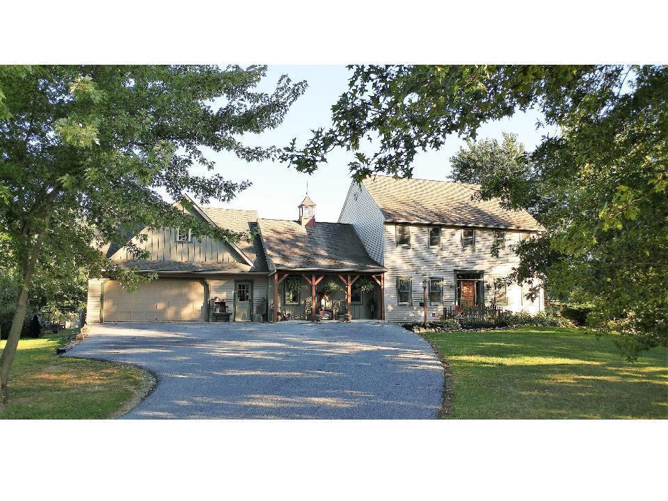 5734 Glen Oaks Dr, Narvon, PA 17555