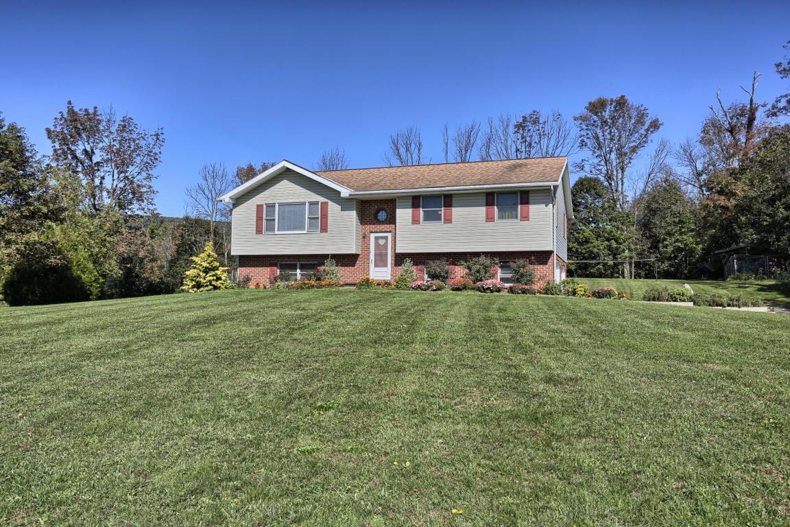 661 Schubert Rd, Bethel, PA 19507