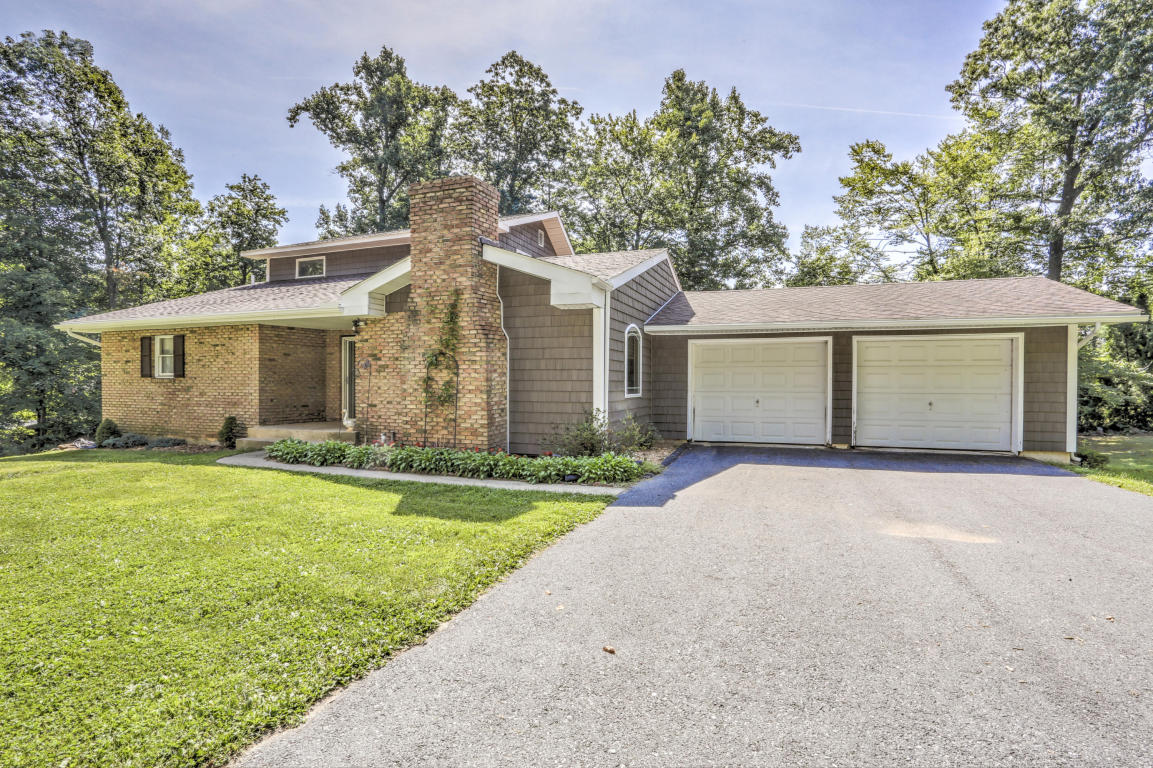 480 N Sandy Hill Rd, Coatesville, PA 19320