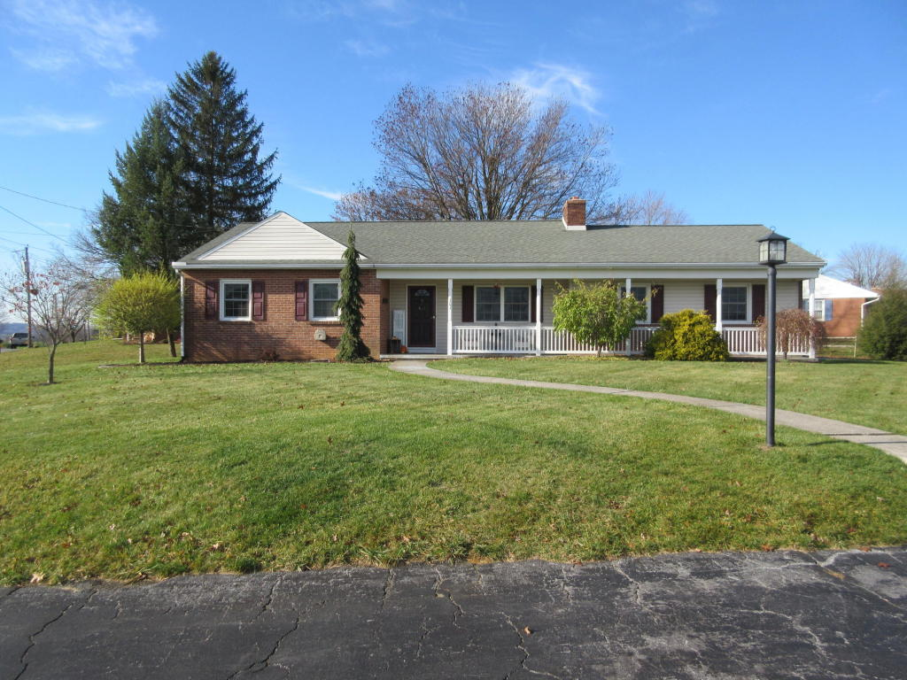 101 Nancy Dr, Myerstown, PA 17067