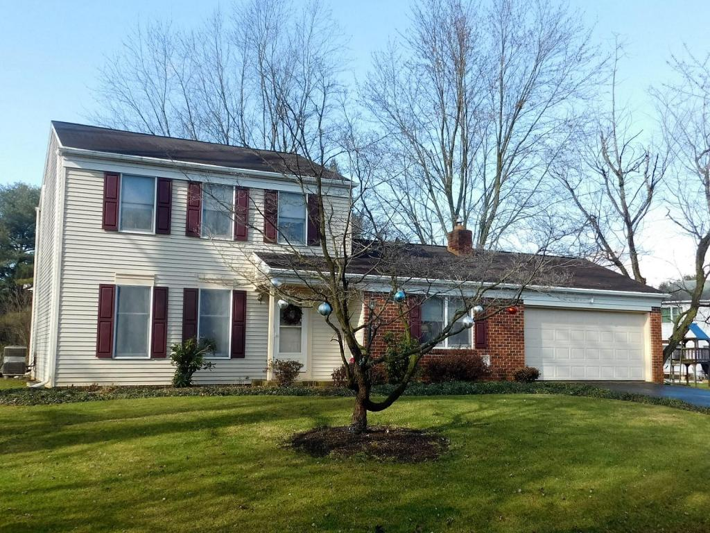 5882 Wild Lilac Dr, East Petersburg, PA 17520
