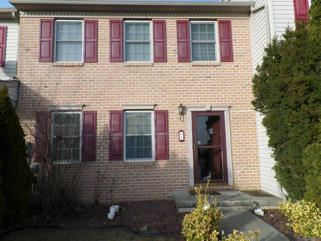 3 Claires Way, Fredericksburg, PA 17026