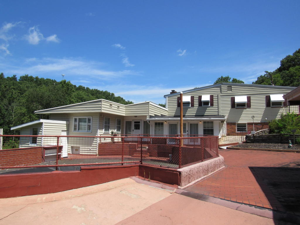 367 Bridge Valley Rd, Pequea, PA 17565