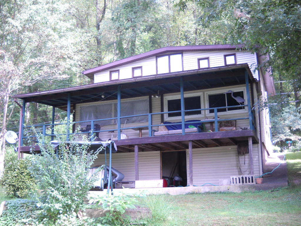 1413 River Hill Rd, Pequea, PA 17565