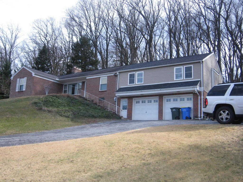 Photo of 4064 WILSHIRE DRIVE  YORK  PA