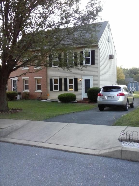 Photo of 1621 COLCHESTER  LANCASTER  PA