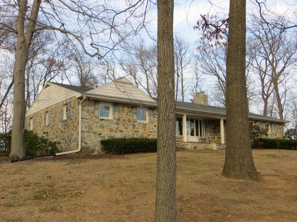 310 Golf Rd, Myerstown, PA 17067