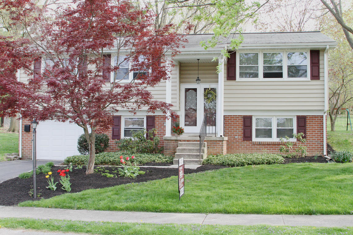 Photo of 108 SWARTHMORE DRIVE  LITITZ  PA