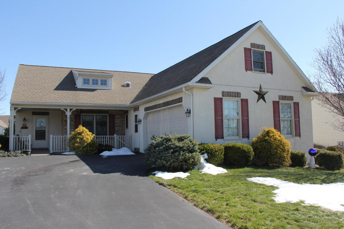 Photo of 802 HEATHER RIDGE  MANHEIM  PA