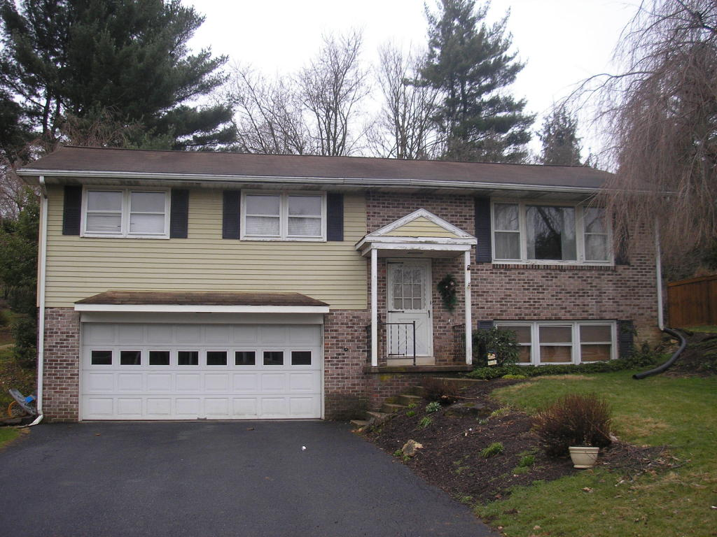 Photo of 138 BOMBERGER ROAD  AKRON  PA