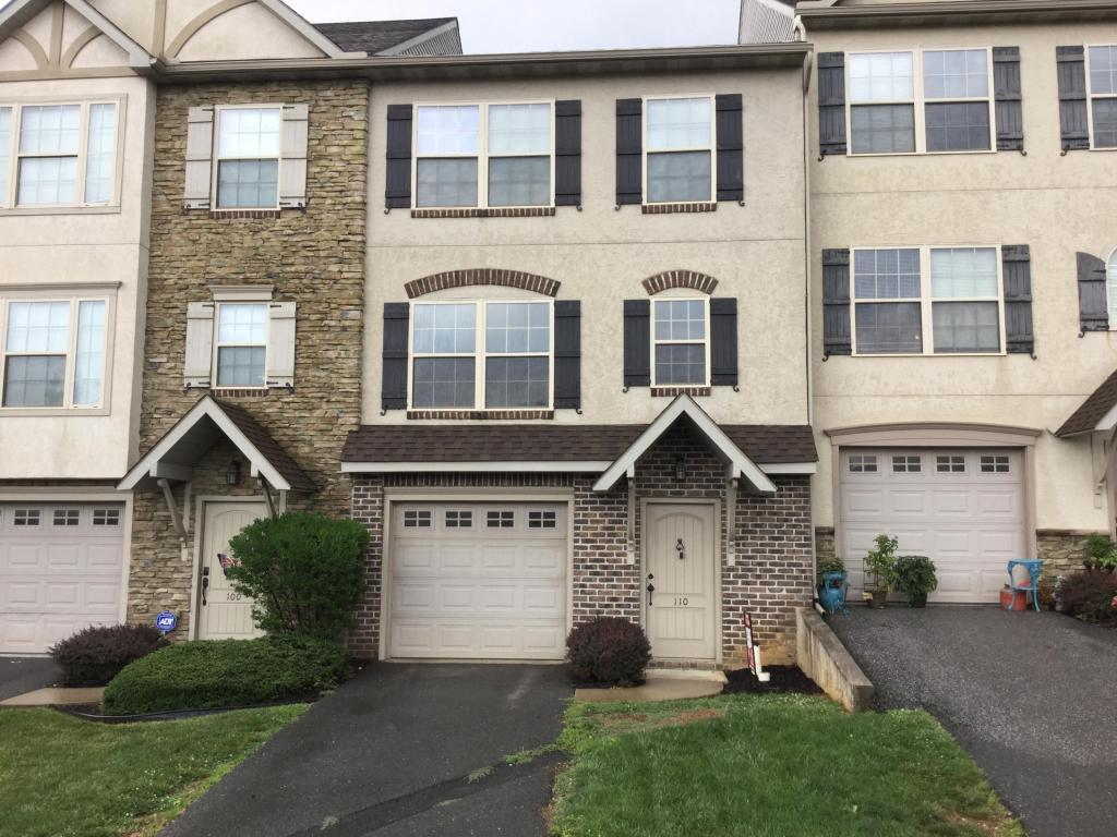Photo of 110 VALLEY DRIVE  RED LION  PA