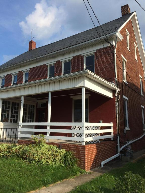 Photo of 204 W HIGH  RED LION  PA
