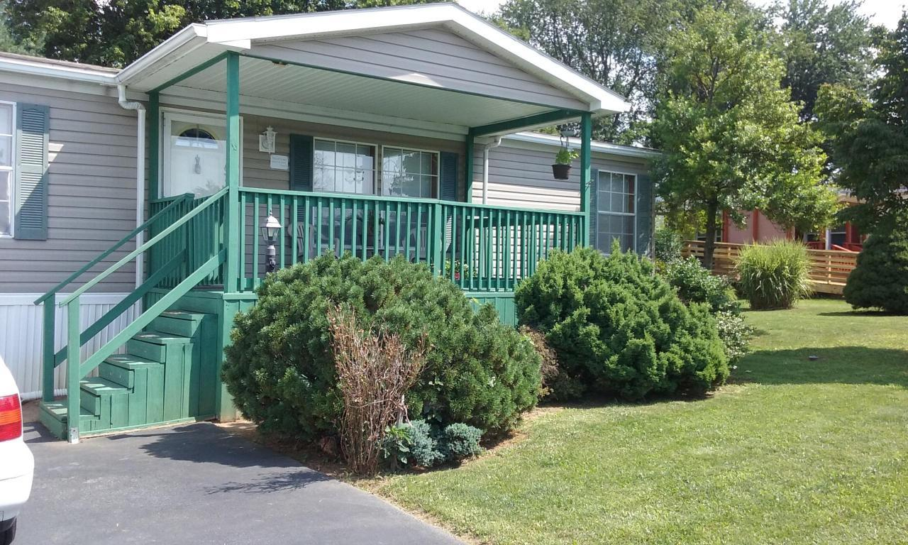 Photo of 216 GREYFIELD DRIVE  LANCASTER  PA