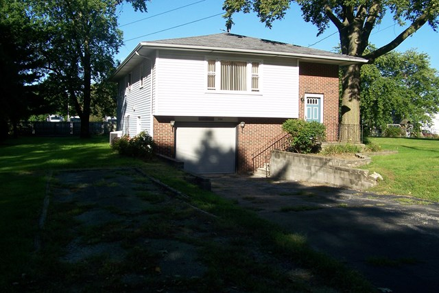 Photo of 704 Beech  Forrest  IL