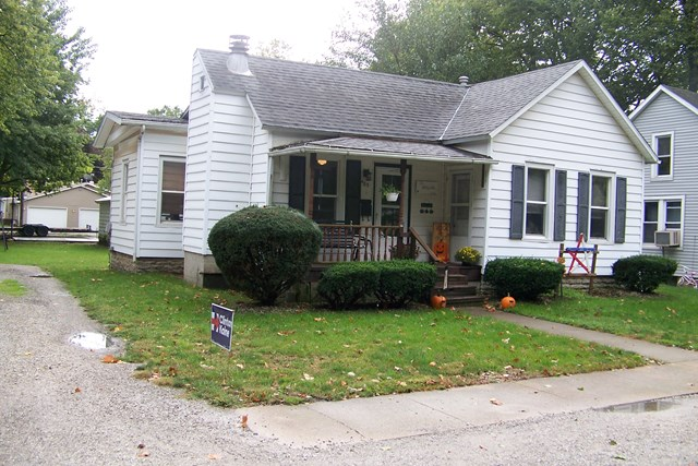Photo of 405 Hickory  Fairbury  IL