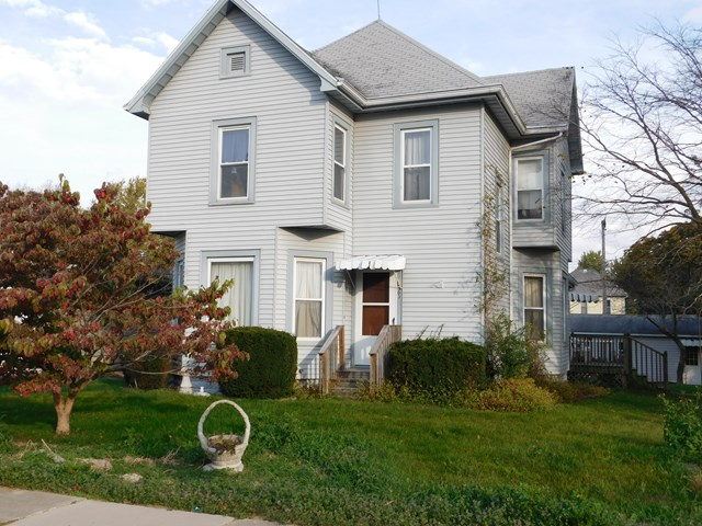 Photo of 303 Jackson  Cullom  IL