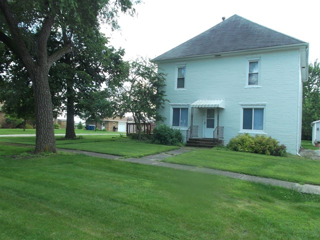 Photo of 220 Cleveland  Cullom  IL