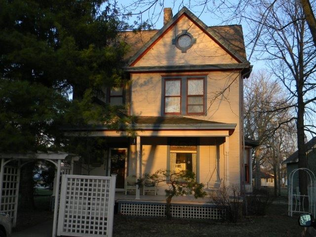 Photo of 207 Center  Lexington  IL