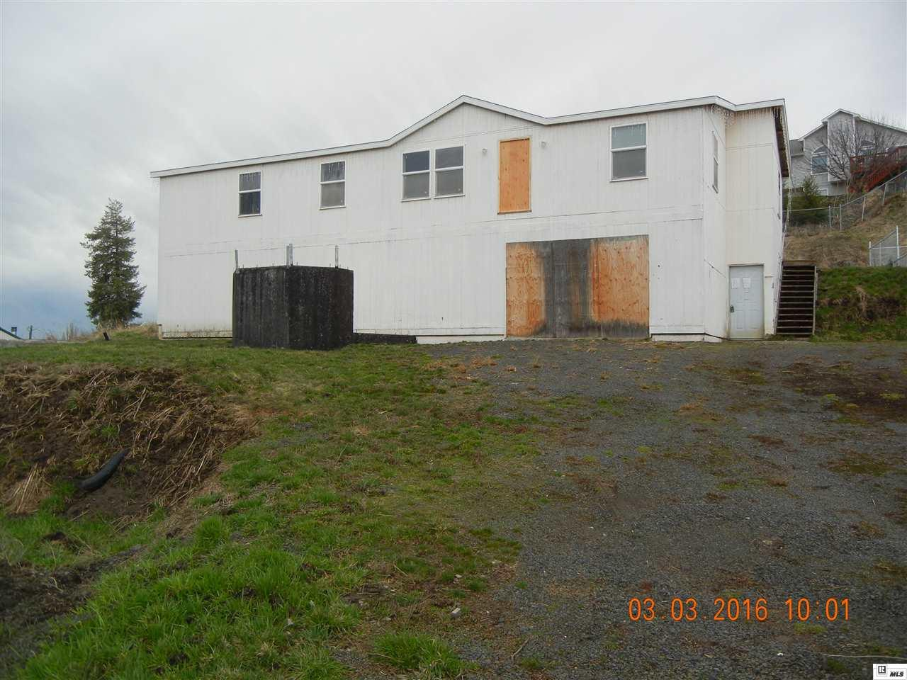501 E Sunset Ave, Genesee, ID 83832